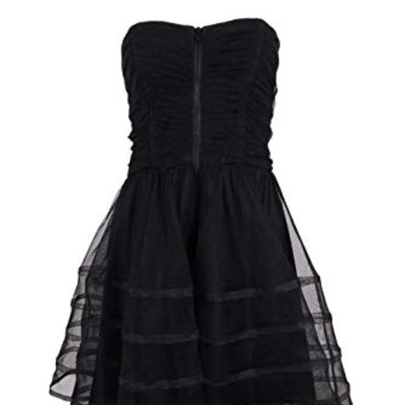 Betsy & Adam Dresses & Skirts - Black Strapless Homecoming Dress